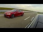 Tesla Model S P85D (691HP) vs P85 (415HP) Heads up Drag Racing from a Stop