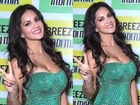 Sexy Sunny Leone sizzles at Breezer IndiMix launch