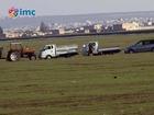 IŞİD, Kobanililerin araçlarını traktöre bağlayarak götürdü